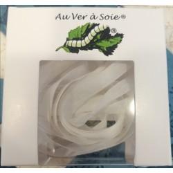 Au ver à soie : ruban de soie coloris blanc  7 mm