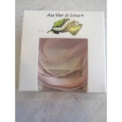 Au ver à soie : ruban de soie coloris Rose pâle  7 mm