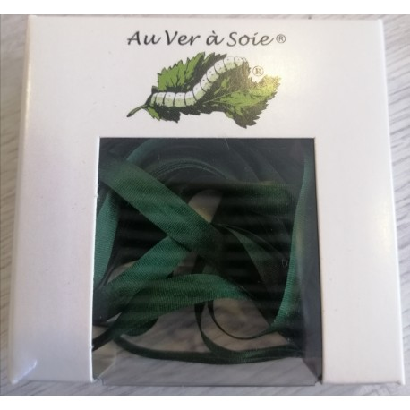 Au ver à soie : ruban de soie coloris vert foncé 7 mm
